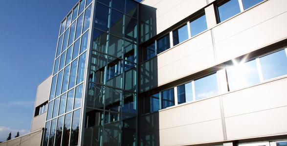 Referenca ALU steklene fasade - SIMT Grosuplje